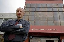 Z rodinných důvodů se rozhodl Martin Šuma opustit ředitelské křeslo v Nemocnici Jihlava. Říká, že na Vysočinu se ale bude s rodinou rád vracet.