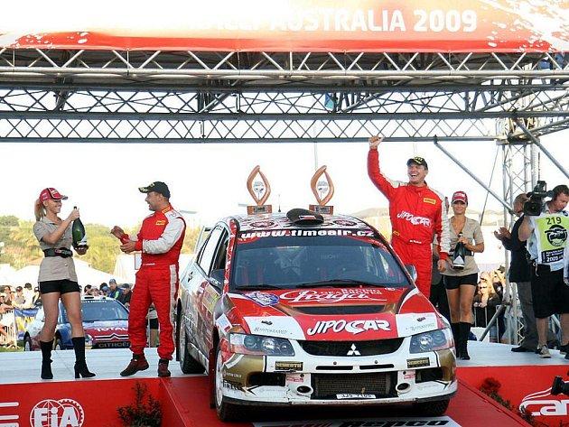 Martin Prokop s Janem Tománkem dokázali, že u protinožců se jim daří. V loňském roce vyhráli závod produkčních vozů na Novém Zélandě, letos triumfovali v Austrálii.