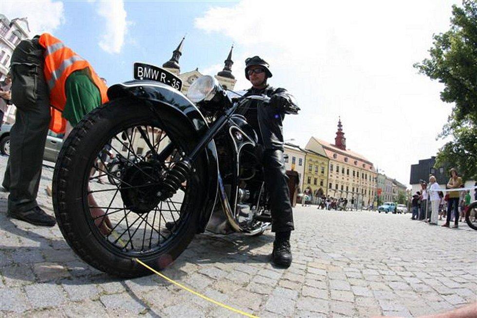 Veteránskou soutěž ovládly motocykly.