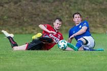 Fotbalisté Sapeli Polná (v červeném) společné volno nedostali. Trénovat budou až do zahájení nové sezony.