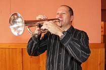 U nejnovější historie Telčské dechovky nechybí čerstvě sedmačtyřicetiletý konzervatorista Evžen Mašát, který stojí v čele kapely od roku 2001.