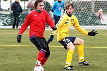 Ivo Koníř (HFK) v souboji proti FC Vysočina