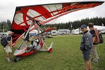 Letiště v Jihlavě – Henčově hostí tento týden mistrovství světa v ultralehkém létání.