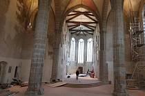 Kostel Povýšení svatého Kříže.