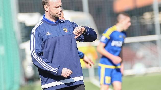 Trenér starších dorostenců Kamil Průša je rád, že po středeční výhře na Spartě má jeho tým vše ve svých rukou. Dokonce se může vyhnout i baráži!