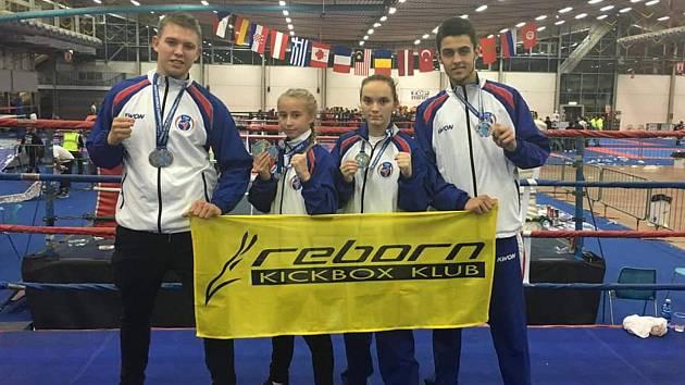 Čtyřlístek kickboxerů Reborn klubu se mohl pochlubit medailovými úlovky.