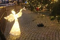 I v letošním roce je na jihlavském náměstí vánoční atmosféra.