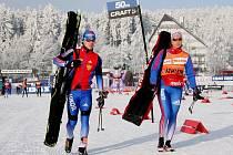 Závodníci ze všech koutů světa včera dorazili do Nového Města na Moravě, kde dnes začíná sedmdesátý ročník E.ON Zlaté lyže, který odstartuje v pořadí druhý podnik Tour de Ski.