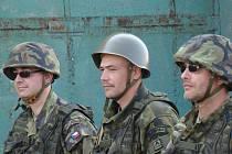 Příslušníci aktivních záloh se velkého mezinárodního cvičení Ample Strike, které hostila armádní základna na Třebíčsku, zúčastnili už loni. Letos si to zopakují.