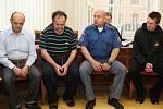 Vrchní soud vOlomouci v úterý zamítl odvolání tří mužů z Domamili na Třebíčsku, které Krajský soud v Brně letos vkvětnu odsoudil k vysokým trestů za loňský únos aznásilnění osmnáctileté dívky z Jihlavska.