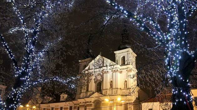 Vánoční výzdoba v Jihlavě.