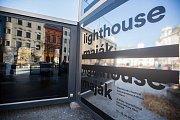 Slavnostní otevření infocentra Maják v horní části Masarykova náměstí pro 22. ročník Mezinárodního festivalu dokumentárních filmů Ji.hlava.