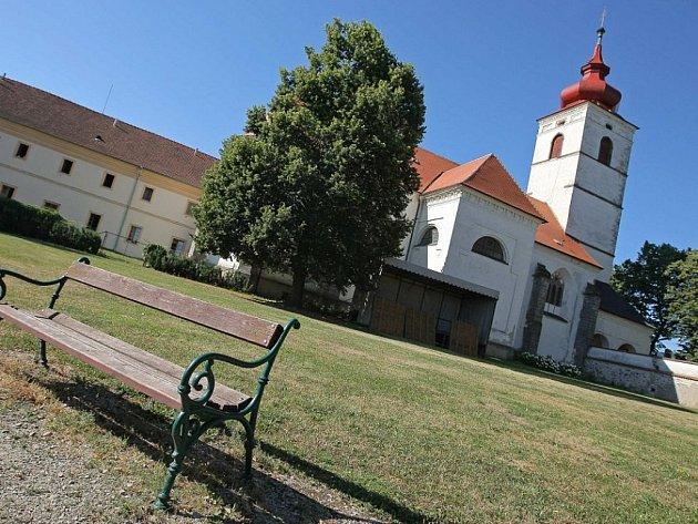 Zámeký kostel v Brtnici.
