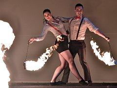 Světelná show. V Polné se bylo na co dívat. K vidění byla ohňová show, pyrotechnika, tanec i akrobacie.