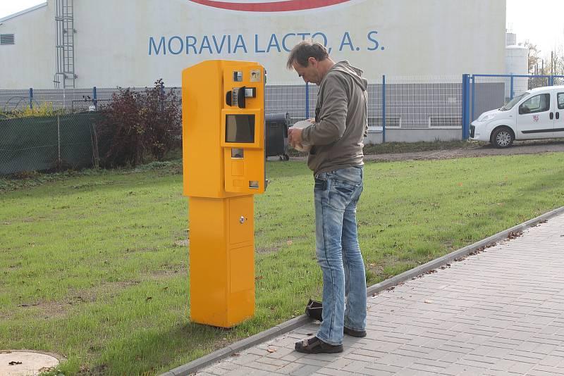 Dopravní terminál ve Starých Horách vyšel na 8, 6 milionu korun.