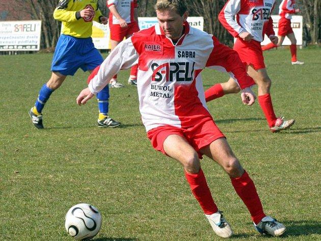 Janovický navrátilec Petr Mareš se sice v Bohdalově neprosadil, ale jeho tým si přivezl jasnou výhru 3:0.