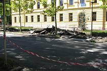 Nový, důstojnější vzhled v dohledné době získá prostranství před jihlavským gymnáziem a střední průmyslovou školou v ulici Jana Masaryka.