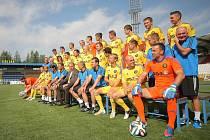 V pátek startuje další ročník nejvyšší fotbalové soutěže a kluby finišují s přípravou na všech frontách. V Jihlavě se například kromě tradiční předsezonní tiskové konference konalo i fotografování týmu a jednotlivých hráčů.
