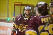 Jihlavští hokejisté si doma poradili s Porubou.