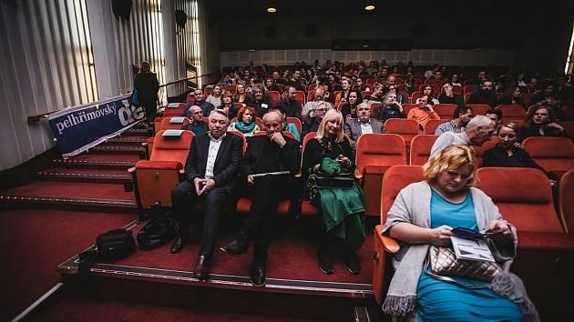 Jako první zaplní sedadla v kině město Pelhřimov.