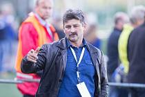 Trenér polesnkého Slavoje Ján Kubík neměl na podzim příliš mnoho důvodů k radosti. Jeho tým získal v devíti utkáních jediný bod.