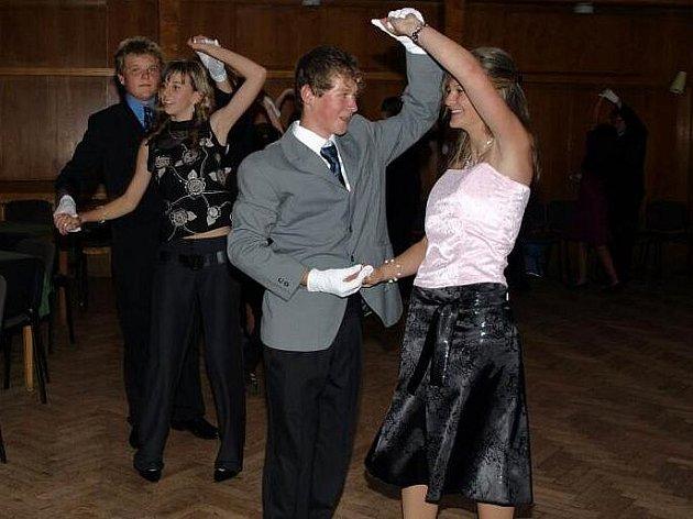 Taneční kurz v Kamenici nad Lipou.