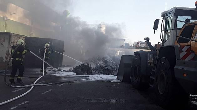 Březnový požár v jihlavské firmě, která zpracovává elektroodpad.