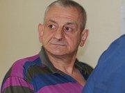 Pavol Macko, jeden z šesti obžalovaných, kteří se před Krajským soudem v Brně zodpovídají z nelegálního obchodu s léky. Stíhán je vazebně.
