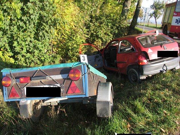 Ke střetu dvou osobních vozů došlo nedaleko Zhoře.
