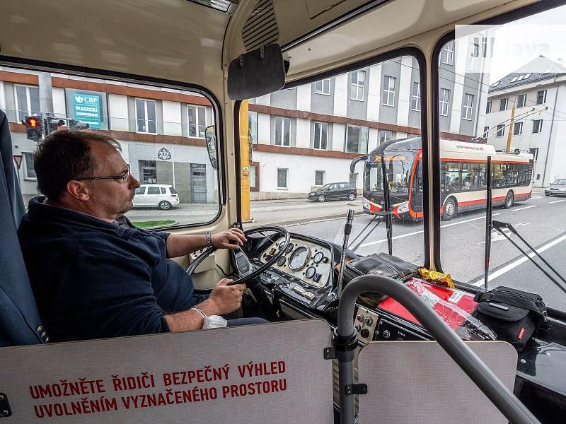 Dopravní podnik města Jihlavy uspořádal v rámci Evropského týdne mobility v neděli 19. září oblíbené retrojízdy.