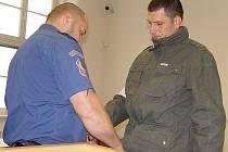 Roman Motičák včera odešel od soudu s tříletým nepodmíněným trestem za podvody, neplacení alimentů a zpronevěru.