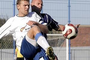 Nejlepší střelec, kapitán a hrající trenér Tomáš Kaplan nasázel v postupové sezoně 33 gólů.