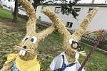 Slámové postavičky a zvířata patří v Cejli na Jihlavsku ke každoroční tradici.