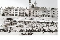 Historické trhy na jihlavském náměstí.