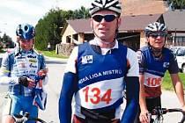 Otevření cyklostezky, která spojuje Jihlavu s rakouským Raabsem, pojal magistrát ve velkém. Dorazit má i bývalý profesionální závodník Ján Svorada (uprostřed).