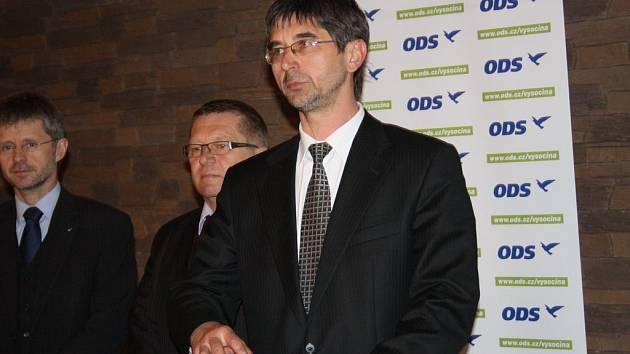 Šestačtyřicetiletý radní zPřibyslavi na Havlíčkobrodsku Ota Benc (vpravo) se v sobotu stal lídrem ODS na Vysočině pro letošní krajské volby.