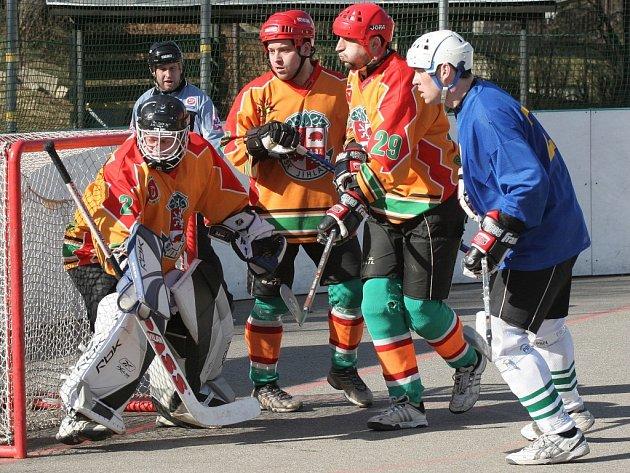 Z Třince i Brna si jihlavští hokejbalisté přivezli plný počet bodů.