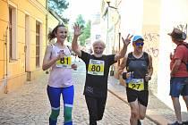 Ani velké teplo neodradilo závodníky, kteří se rozhodli pomoci domácí hospicové péči Bárka.