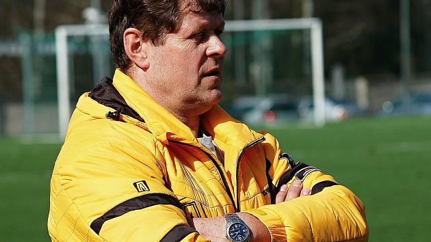 Trenér Okříšek Gustav Cabúk.