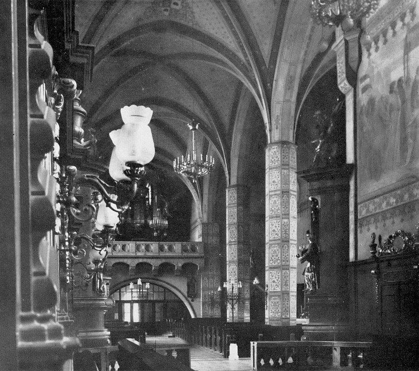 Kostel sv. Jakuba v Jihlavě historický.