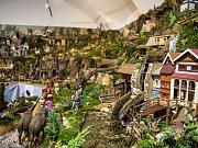 Betlémy jsou k vidění i expozici v Schumpeterově domě.