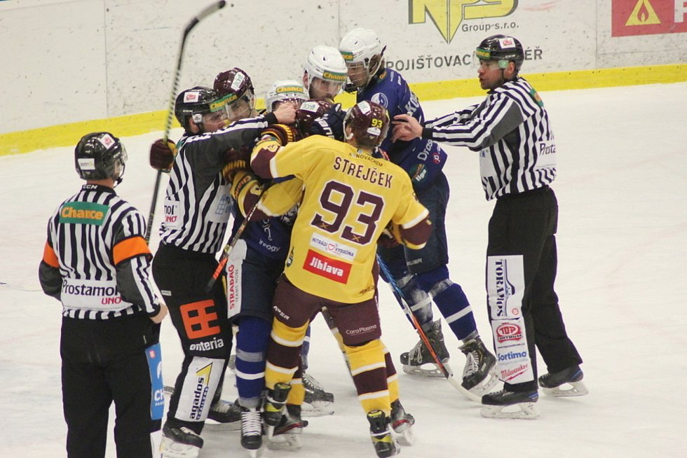 Z hokejového utkání Chance ligy Kolín - Jihlava