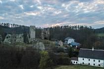 Zřícenina hradu Rokštejn.
