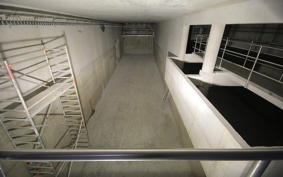 Obří podzemní nádrž zachytí přívalové vody a nečistoty.