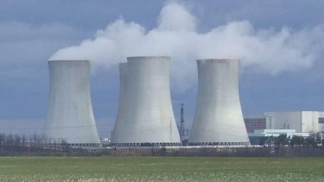 I v dukovanské elektrárně se má propouštět.