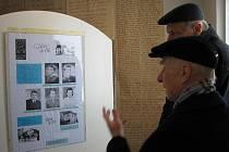 Včera začala výstava věnovaná připomínce holocaustu.