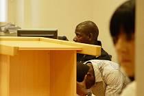 Jihlavský okresní soud musel včera rozhodovat o vině či nevině mladíků z Afriky. Podle verdiktu soudu se muži znásilnění dopustili.