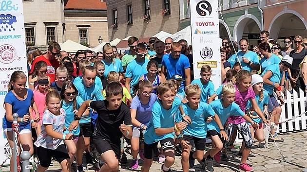 Během nedělního běhu se podařilo  vybrat pro domácí hospic Sdílení více než 360 tisíc korun.
