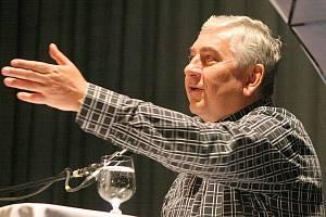 Na Frantu Kocourka často a rád ve svých vyprávěních vzpomíná Miroslav Donutil.