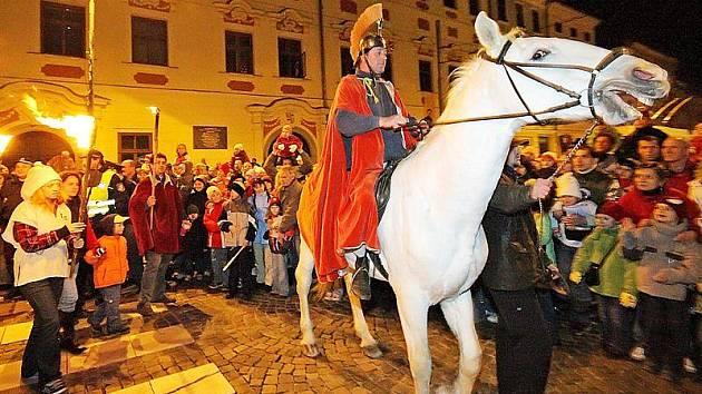 Svatý Martin na bílém koni. Ilustrační foto.